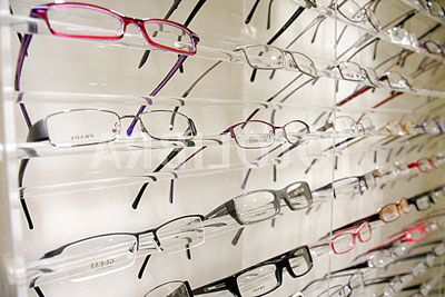 eyeglasses-display